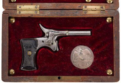 Pistolet « CYCLO », un coup, calibre 6 mm...