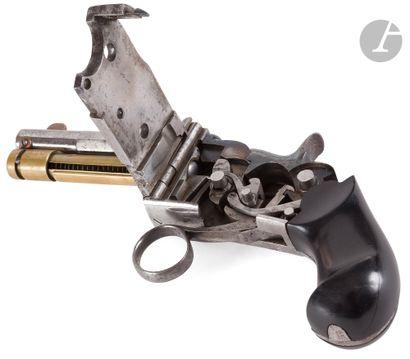 Rare pistolet à répétition à système « Marius...