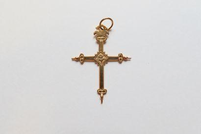 Croix pendentif en or (18K) XIXe siècle Poids...