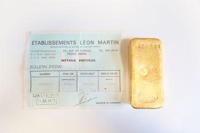 1 lingot en or (995) numéroté 426911. Certificat joint.