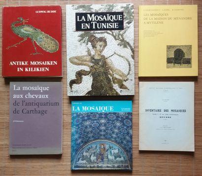 [ARCHÉOLOGIE - MOSAÏQUES] Ensemble de 7 ouvrages. *Inventaire des Mosaïques. Sousse....