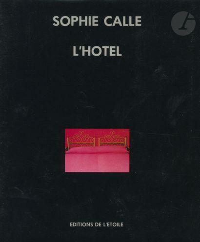 CALLE, SOPHIE (1953) L'Hôtel. Éditions de...