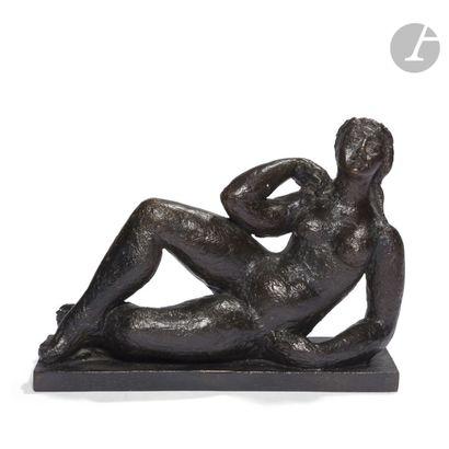 HAROLD AMBELLAN (1912-2006) Modèle allongé,...