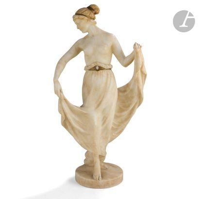 MAX VALENTIN (1875-1921) Danseuse Sculpture. Épreuve en albâtre, la ceinture et...