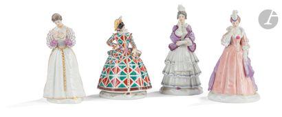 Meissen Quatre statuettes à décor polychrome...