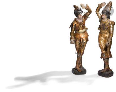 Deux sculptures en bois sculpté polychrome...
