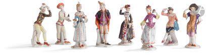 Unter Weiss Bach Ensemble de huit statuettes...