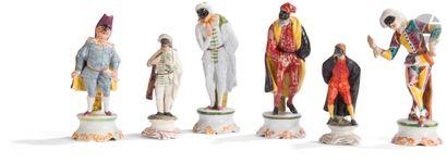 Italie Six statuettes en faïence représentant...