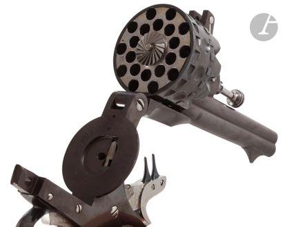 Rare revolver « Le redoutable » à percussion...