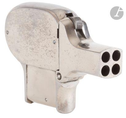 Pistolet de poche Unique, quatre coups, calibre...