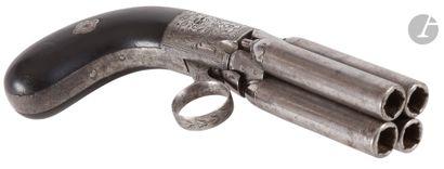 Revolver poivrière Mariette, quatre coups...