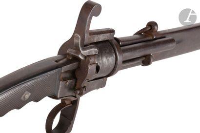 Sabre revolver à broche, six coups, calibre...