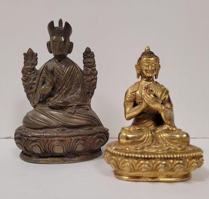 Deux statuettes en bronze, Asie, XXe siècle...