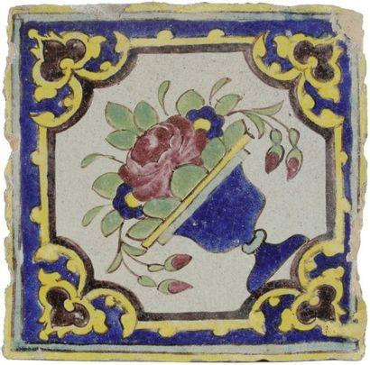 Carreau au bouquet de roses, Iran qâjâr,...