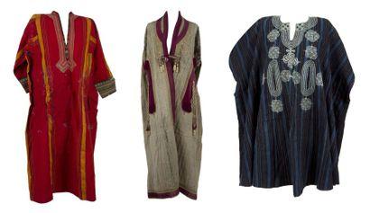 Manteau, tunique et deux bordures de tente,...