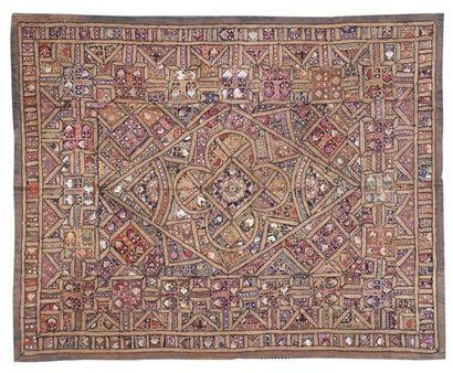 Grande tenture indienne, Gujerat, XXe siècle....