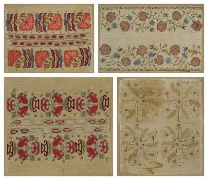 Huit extrémités de serviettes ottomanes brodées,...