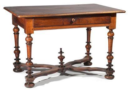 Table bureau en noyer et parties noircies,...