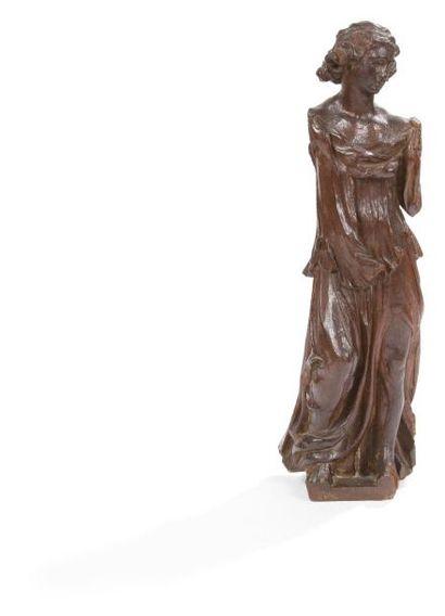 Ange en chêne sculpté en ronde-bosse, coiffure...