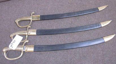 Lot de 3 sabres briquets d'infaterie XIXe,...