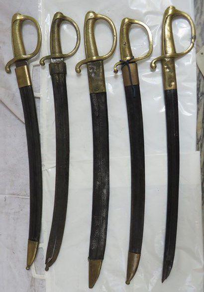 Lot de 5 sabres briquets d'infanterie XIXe,...
