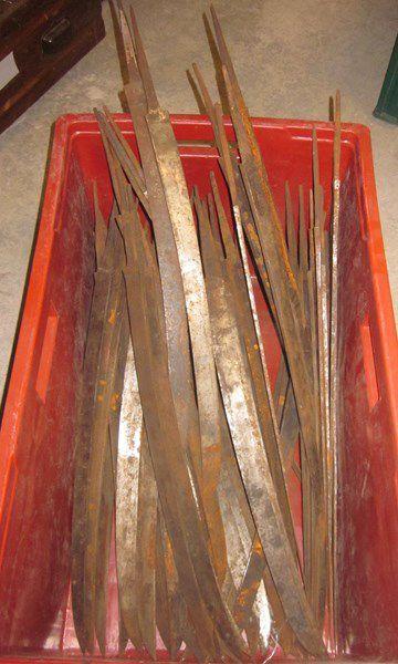 Lot d'environ 50 lames de sabre briquet d'infanterie,...