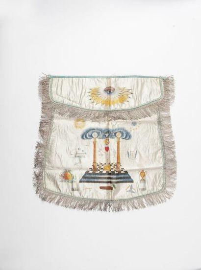Tablier de Maître franc maçon en soie peinte....