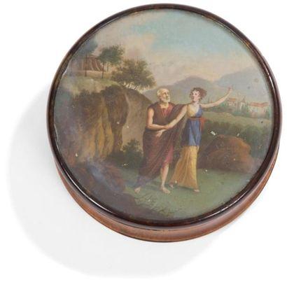 Bonbonnière ronde en loupe doublée d'écaille...