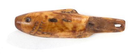 INUIT. ALASKA (USA) Leurre de pêche en ivoire...