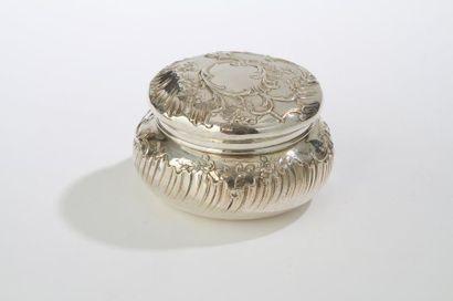 Boîte à bonbons en argent de forme ronde,...