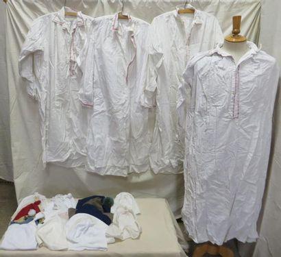 Quatre chemises et une vingtaine de bonnets...