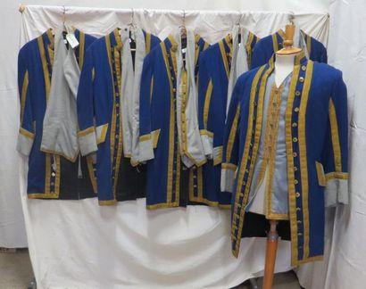 Six vestes bleues et grises à parements dorés...