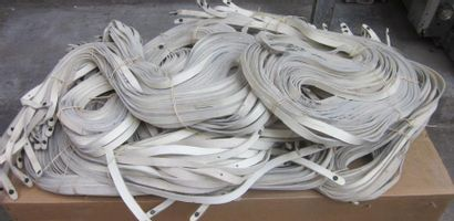Important lot de buffleterie blanche, (1...