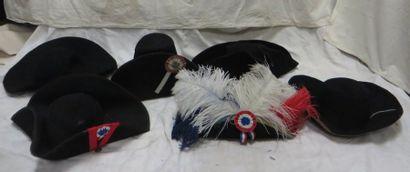 Six tricornes ou chapeaux de Révolution en...
