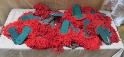 Une vingtaine de paires d'épaulettes de la...