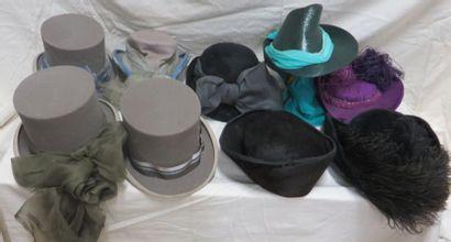 Neuf chapeaux d'amazone, style XIXe. Matières:...