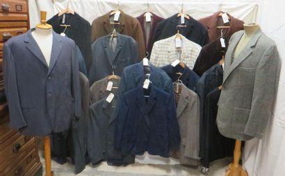 Une vingtaine de vestes pour homme, style...