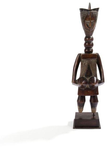 MENDE (SIERRA LEONE) Statue Imposante statuette féminine de la société «Njayei» d'une...