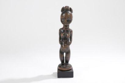 ANYI (R. CÔTE d'IVOIRE) Statuette Belle statuette, les bras le long du corps. Belle...