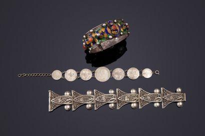 Trois bracelets en argent, Algérie, XXe siècle...
