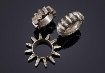 Trois bracelets en argent, Maroc, début XXe...