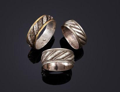 Trois bracelets à torsades en argent, Maroc,...