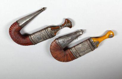 Deux poignards jambiya, Arabie, fin XIXe...
