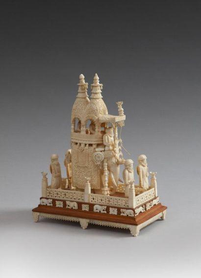 Cortège en ivoire, Inde, Ouest du Bengale,...