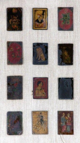 Douze cartes à jouer laquées, Iran qâjâr,...