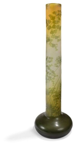 Établissements GALLÉ (1904-1936) Adiantum Spectaculaire vase oignon, le base en toupie...