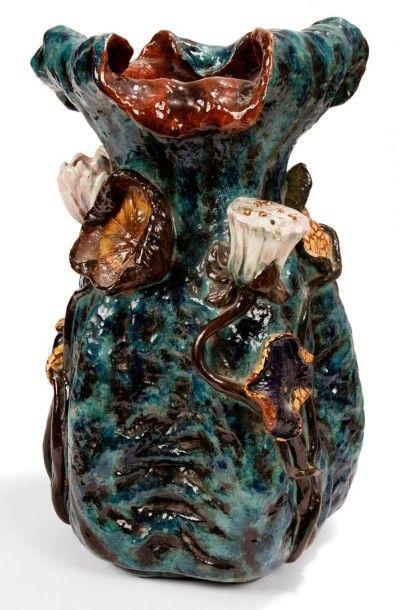 Émile GALLÉ (1846-1904) Les Lotus, version monumentale Rare et exceptionnel vase...