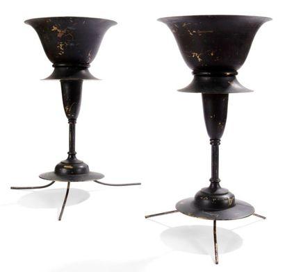 ARTS and CRAFTS Paire de lampes en laiton...