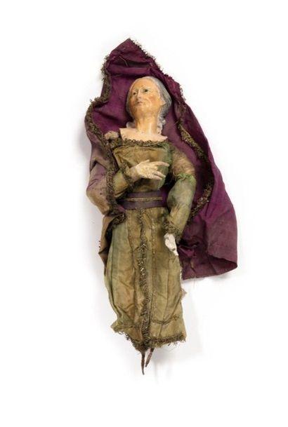 Trois santons napolitains représentant: - La Sainte Vierge en terre cuite et étoupe,...