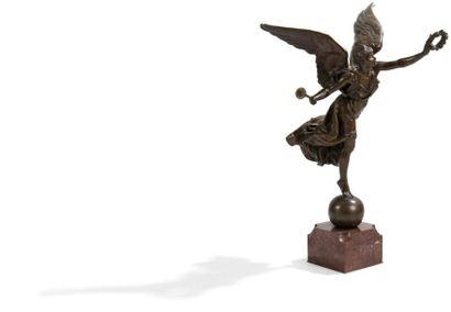 Louis Ernest BARRIAS (1841-1905) La Renommée Sculpture en bronze à patine brun nuancé....